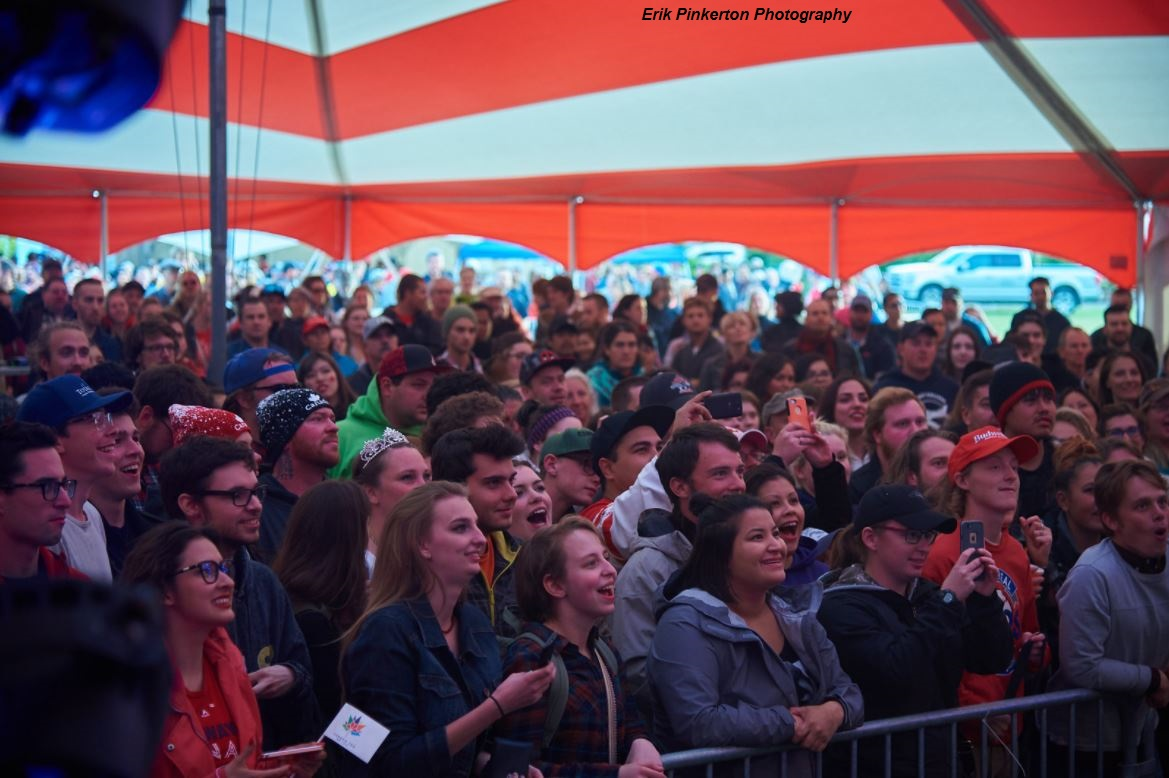 Erik Pinkerton Crowd
